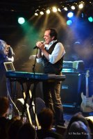 NEAL MORSE: 'I have a confession to make!'